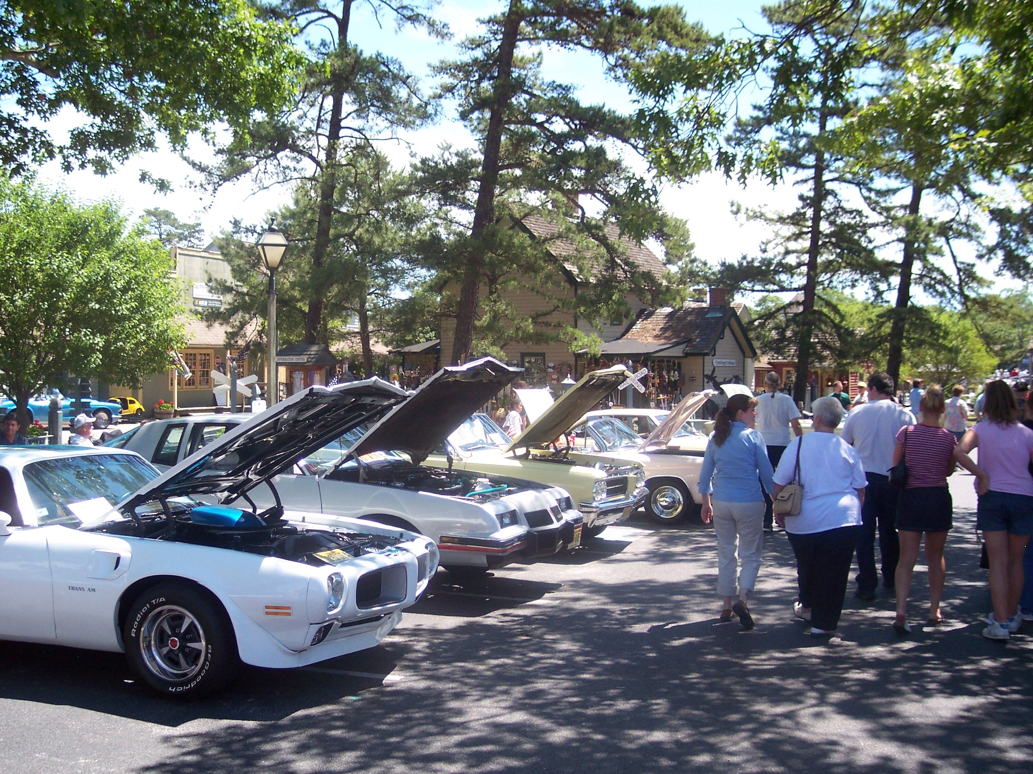 Car Cruise: Historic Smithville